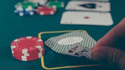 5 programas o softwares prohibidos en póker online